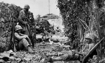Trận chiến đẫm máu nhất Thái Bình Dương năm 1945
