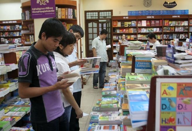 """Độc giả Việt """"đói"""" sách hay"""
