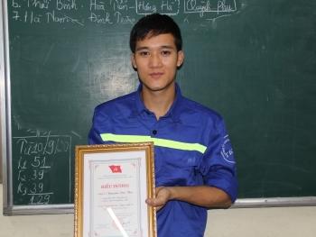 """Thợ mỏ Nguyễn Văn Thà: """"Yêu nghề, nghề sẽ không phụ mình"""""""