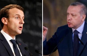 """Tổng thống Thổ Nhĩ Kỳ tấn công Pháp với """"ngôn từ đe dọa"""""""
