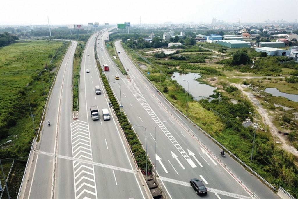 Sắp có thêm 3 đoạn cao tốc mới để khép kín cao tốc Bắc - Nam