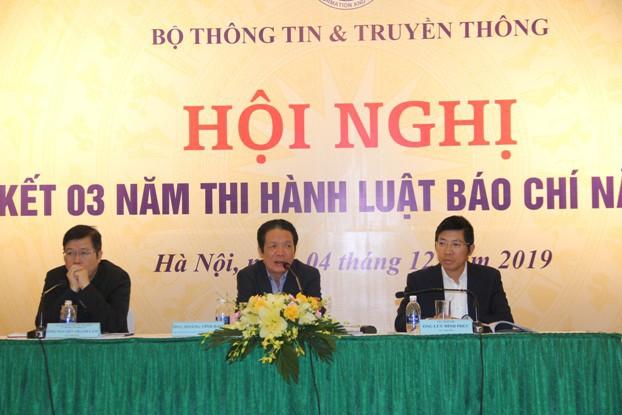 sua luat bao chi khai thac thong tin sai su that tren mang xa hoi se bi xu ly