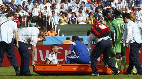 Argentina mất Aguero đến hết World Cup 2014