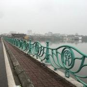 Hà Nội yêu cầu xử nghiêm vụ người nước ngoài bị quấy rối tại hồ Tây