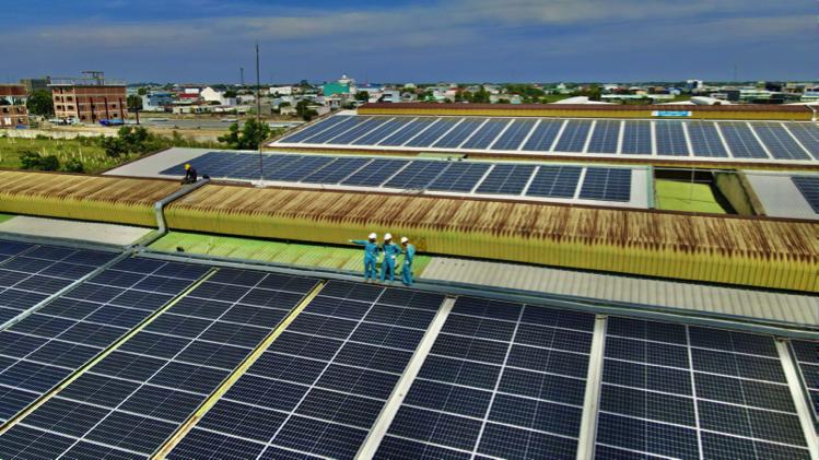 Viettel Construction bàn giao dự án năng lượng mặt trời 10 MWp tại Long An