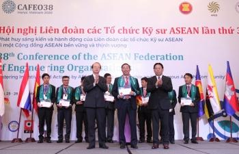 Kỹ sư điện Việt Nam vươn tầm khu vực